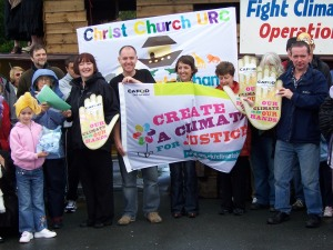Geraldine Smith MP (far right) with Mark Dowd of Operation Noah (far left) together with CAFOD lancaster supporters