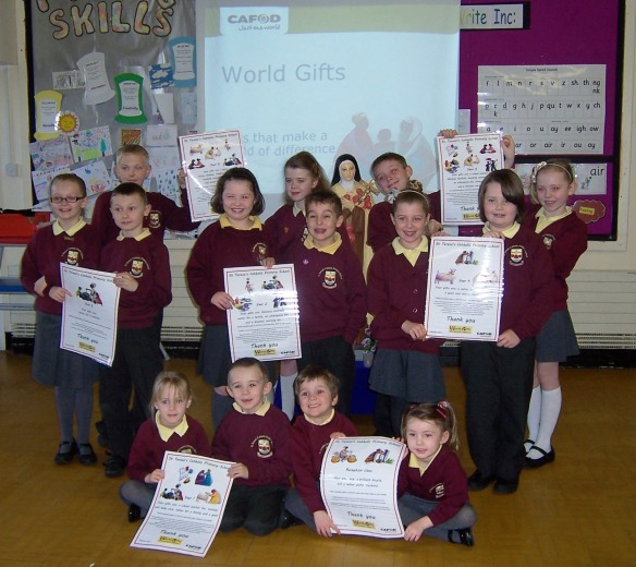 The children with their certificates